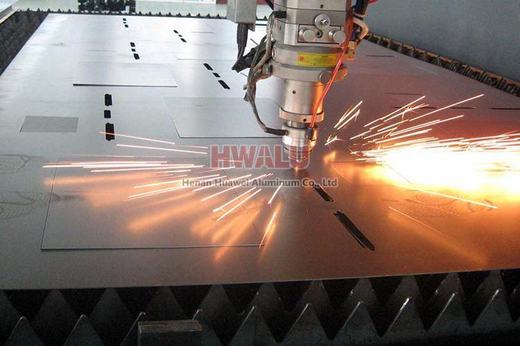 aluminum sheet cut